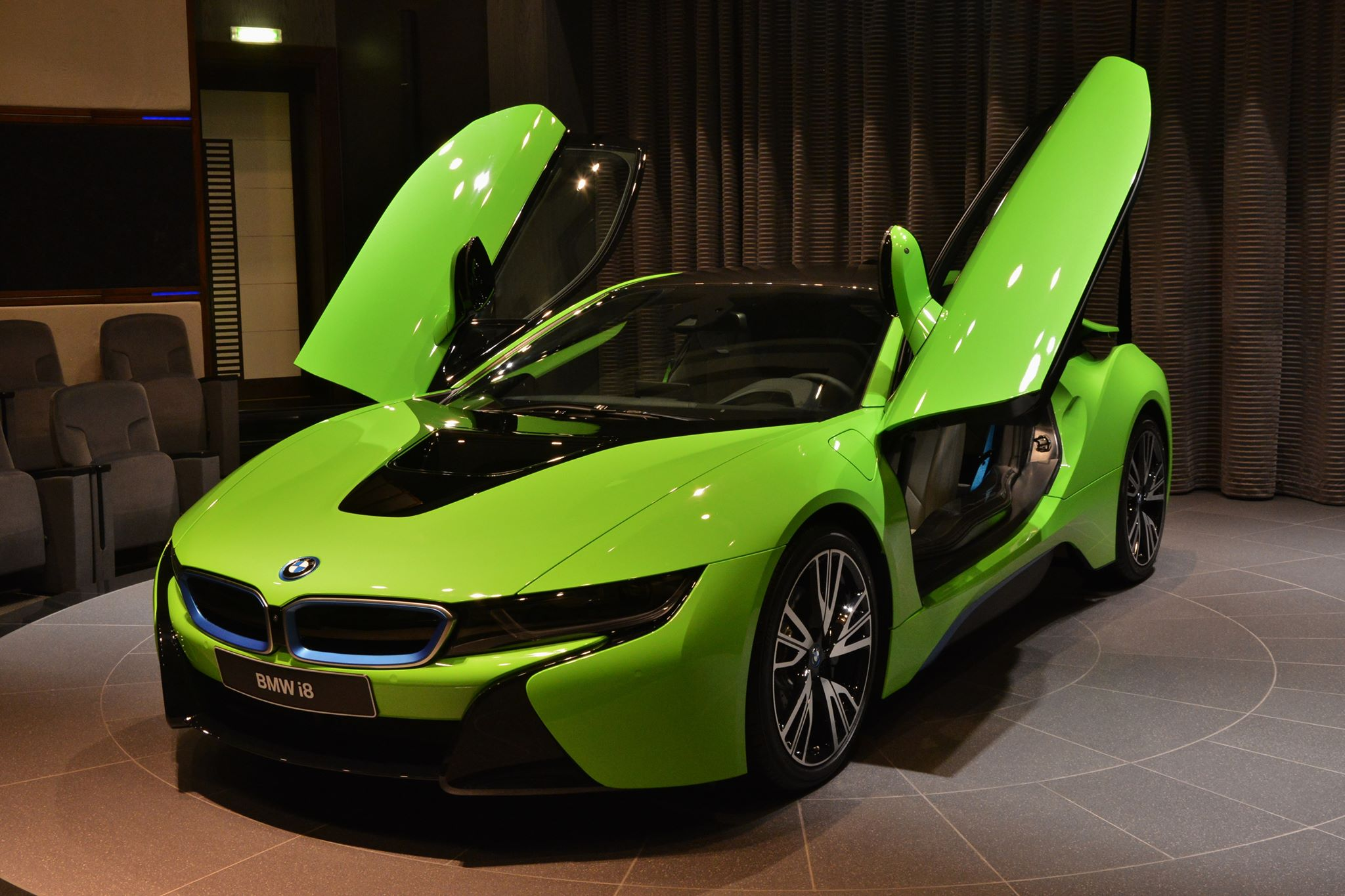 Bmw I8 Top Speed >> BMW i8 in Neon Green