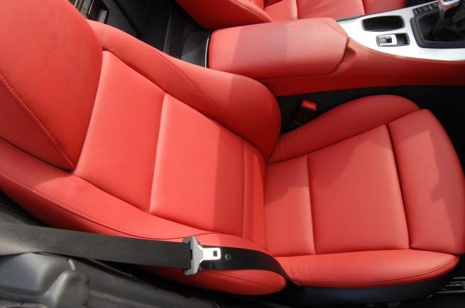 2009-BMW-Z4-sDrive35i-[21]
