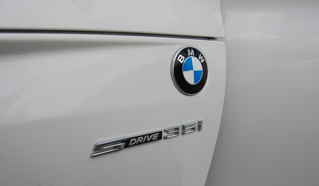 2009 BMW Z4 sDrive35i 241
