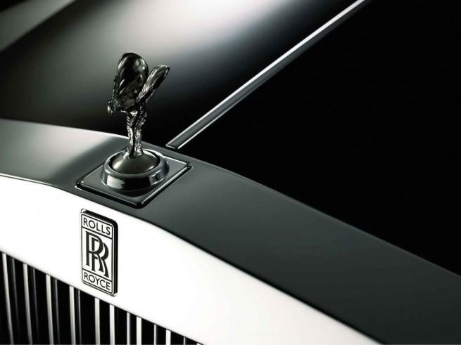 2009 Rolls Royce Phantom Hood Ornament Spirit of Ecstasy 3 1920x1440 655x491