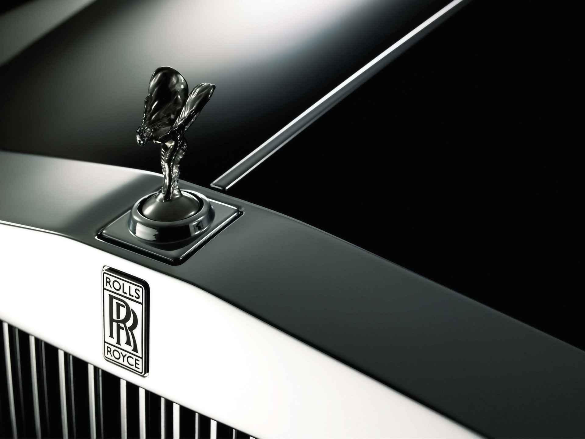 2009 Rolls Royce Phantom Hood Ornament Spirit of Ecstasy 3 1920x1440