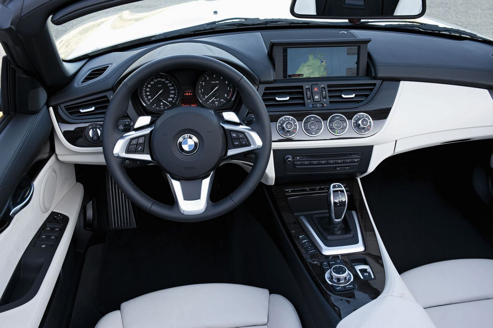 2009 bmw z4 interior design 001