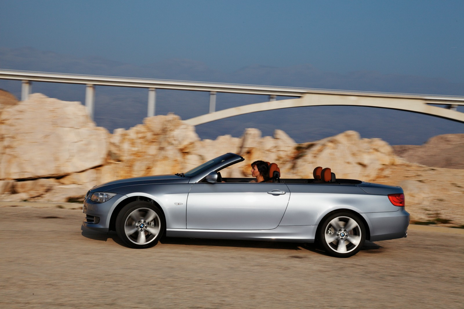 BMW 3 Series where is bmw 3 series built BMW world debuts at the 2010 New York Auto Show