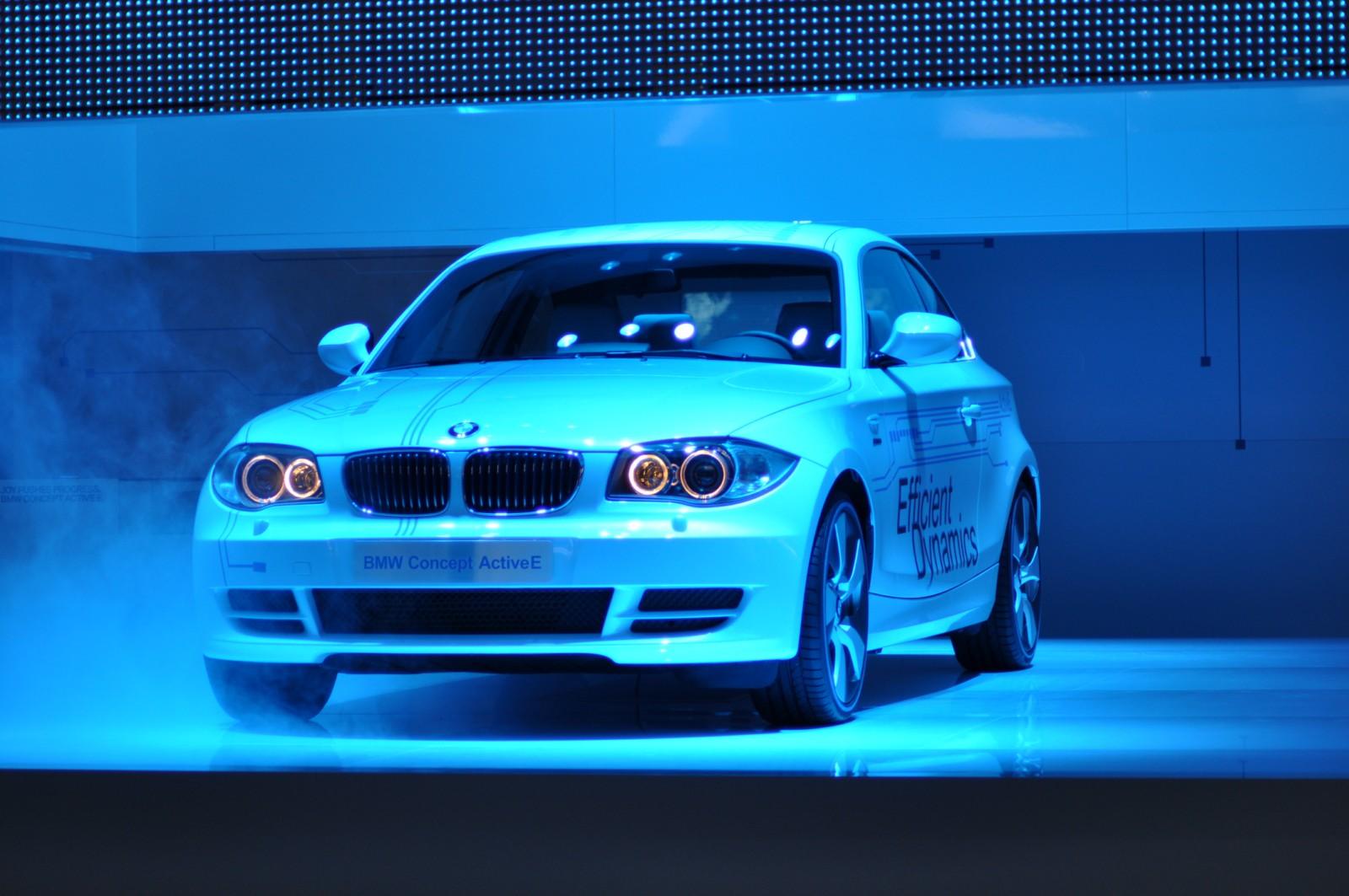 2010 detroit auto show 562