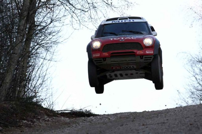 20101215 Press Release MINI All4 Racing First Test 004 655x436