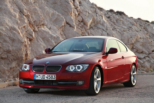 2011 BMW 3 Series Coupe and Convertible 655x437