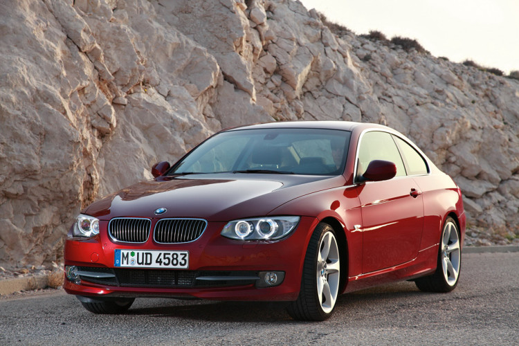 2011 BMW 3 Series Coupe and Convertible 750x500
