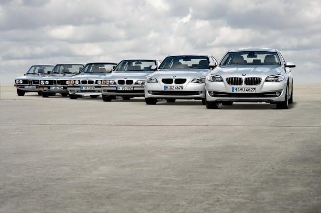 2011 BMW 5 Series 73 655x436