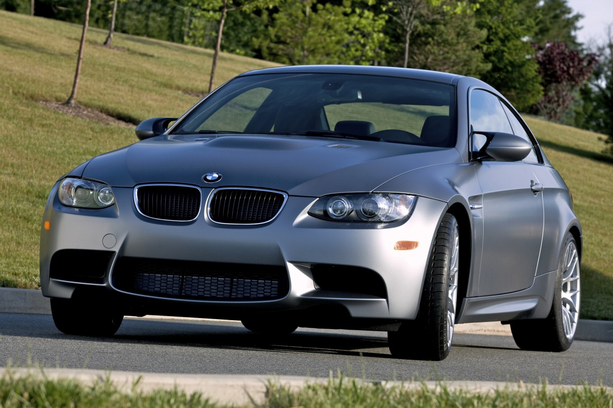 2011 BMW Frozen Gray M3 Coupe 24