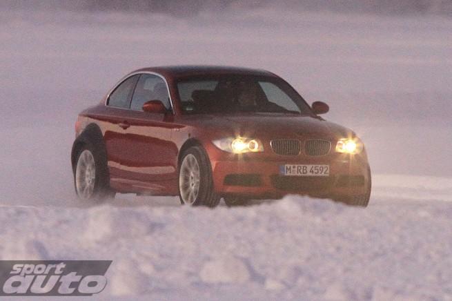 2011 BMW M1 655x436