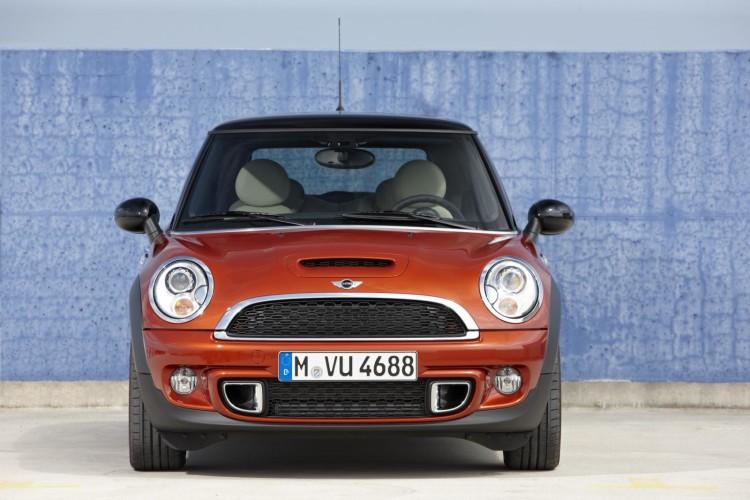2011 MINI facelift 117 750x500