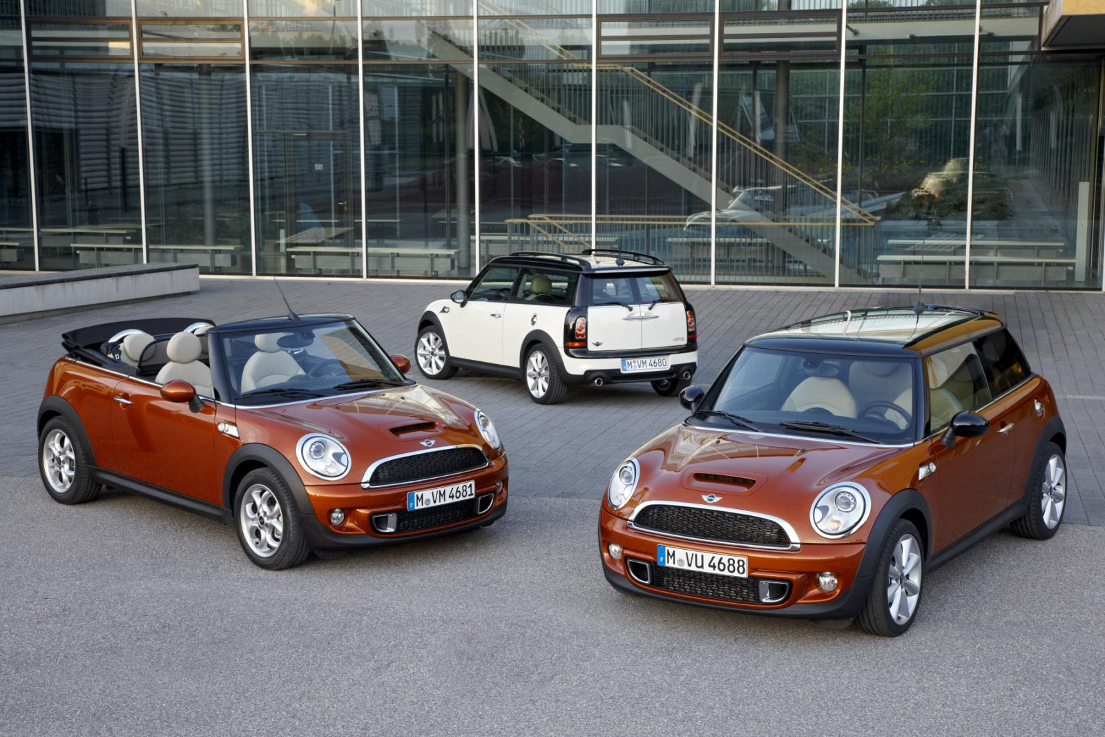 Just The Facts The Facelifted Mini Family