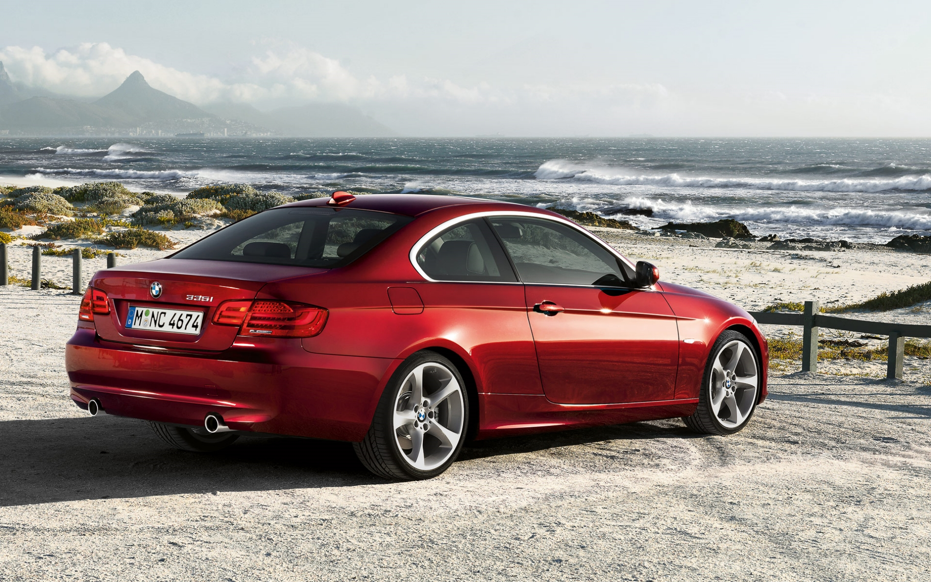 Wallpapers: 2011 BMW 3 Series Coupe