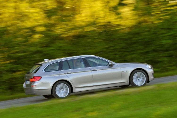2011 bmw 5 series touring images 621 750x500