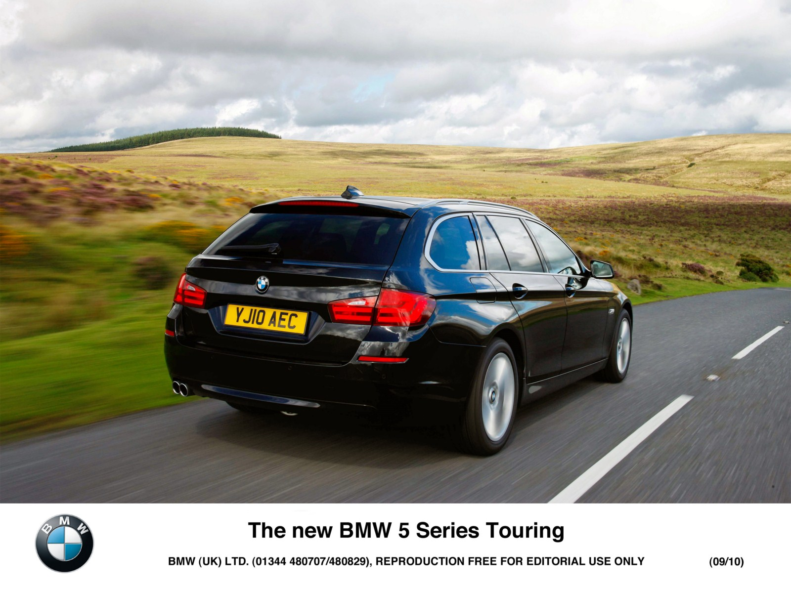 2011 bmw 5 series touring pictures 1