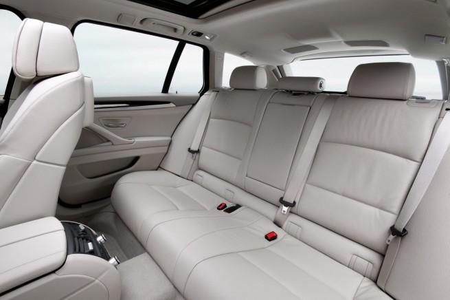 2011 bmw 5 series touring wagon 41 655x436