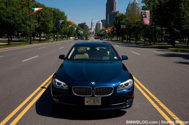 2011-bmw-550i--photos-11