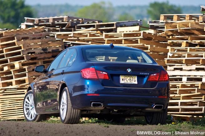 2011-bmw-550i--photos-22