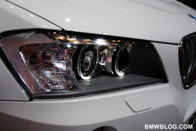 2011-bmw-x3-m-package-6
