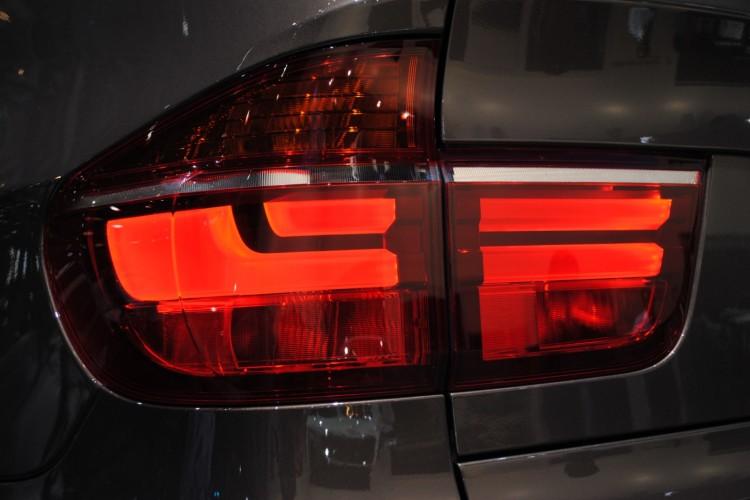 2011 bmw x5 lci geneva 1 750x500