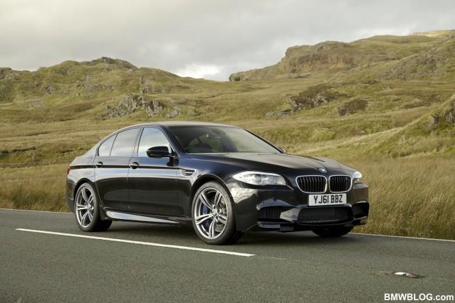 2012 BMW M5 F10 44 655x436