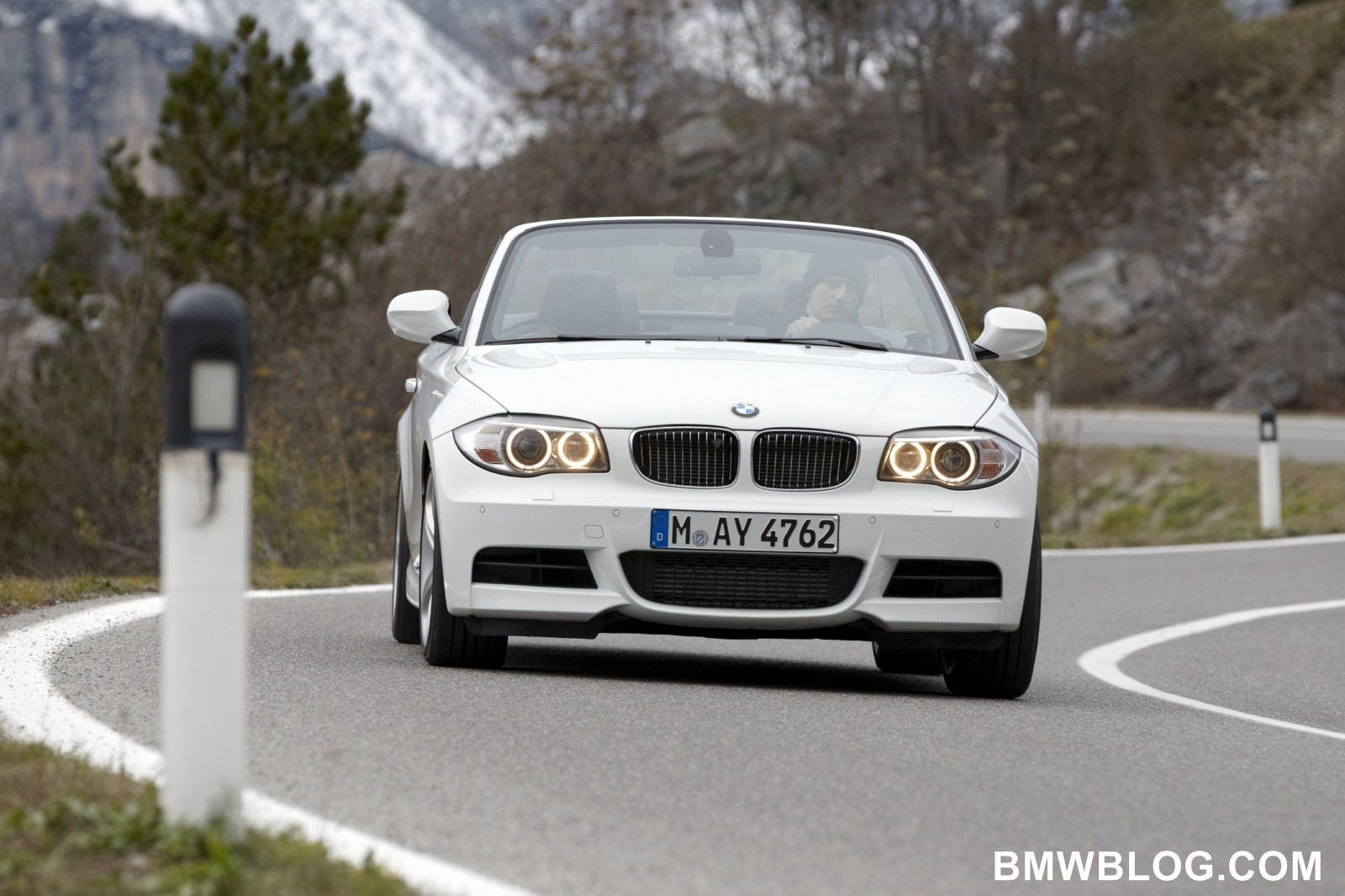 World Debut: 2012 BMW 1 Series Convertible