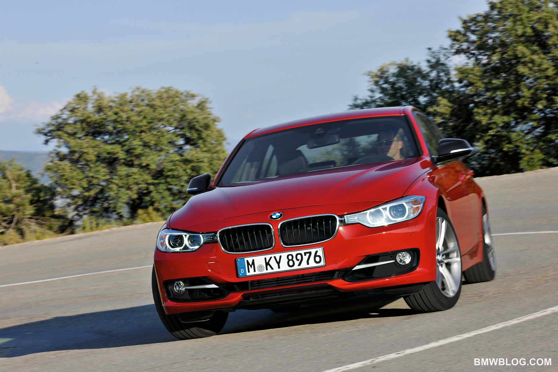 Bmw 3 Series Ranks No 1 In Kelley Blue Book S List Of 10