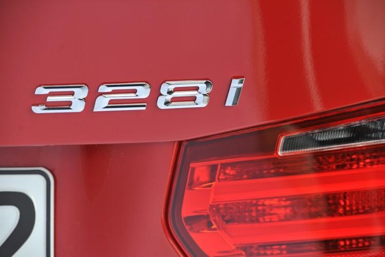 2012 bmw 3 series on demand 750x500