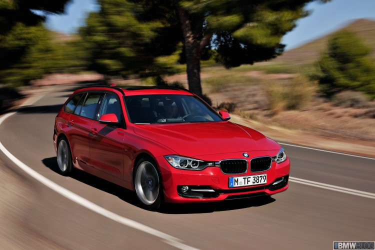 2012 bmw 3 series touring 47 750x500