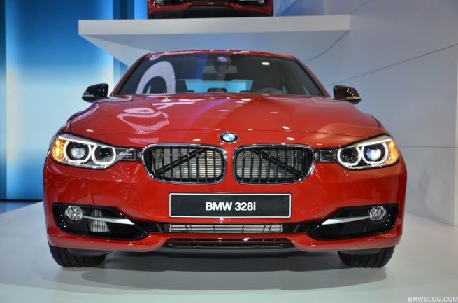 2012 detroit auto show bmw 131 655x433