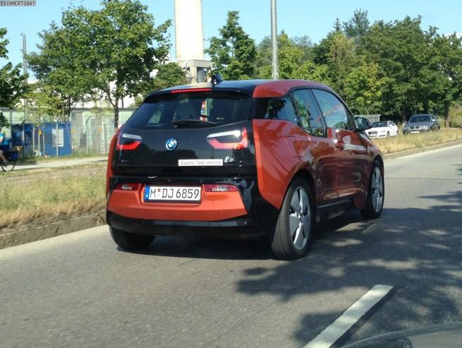 2013 BMW i3 Solarorange Live Foto ungetarnt Elektroauto 041 655x493