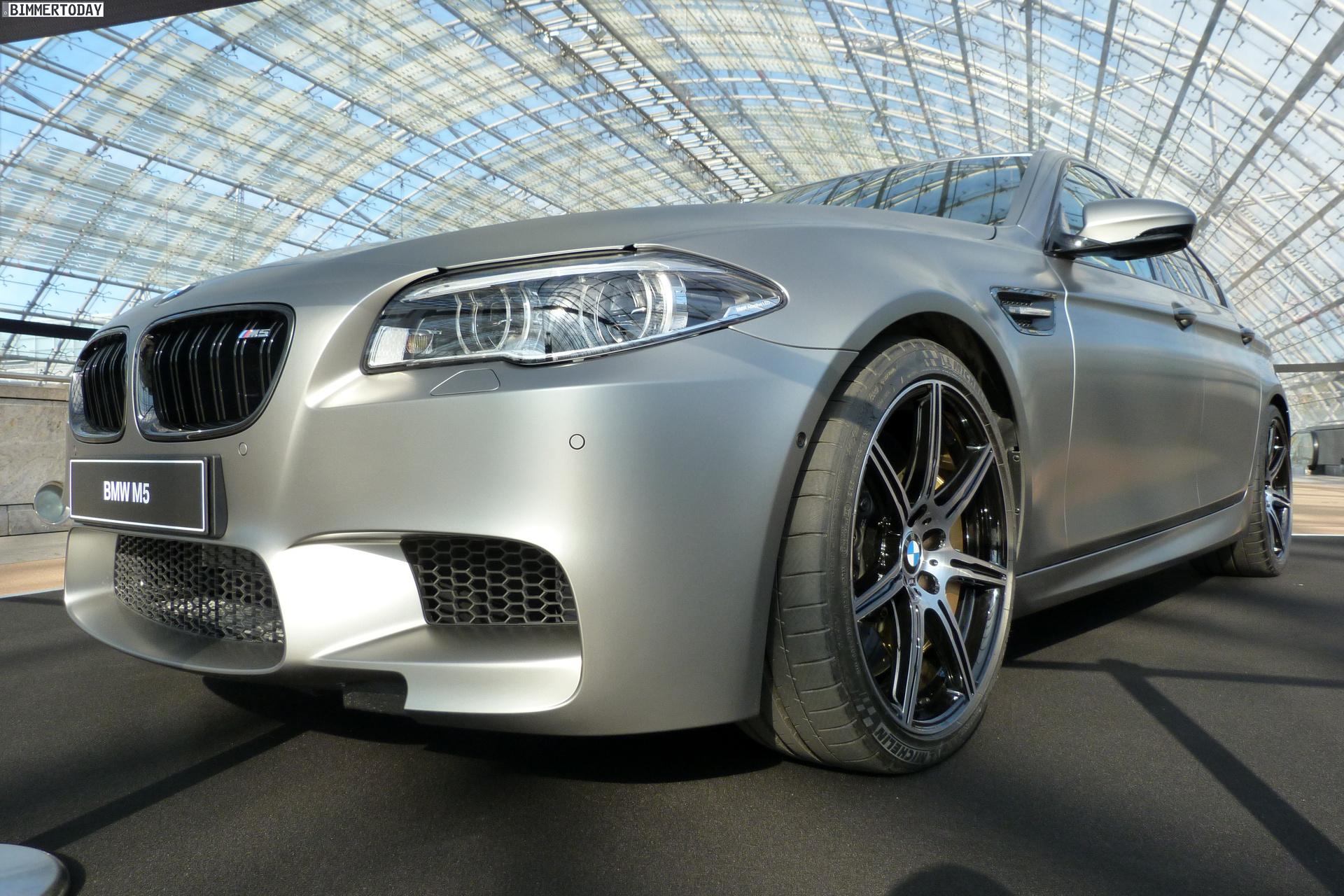 2014 BMW M5 F10 30 Jahre Sondermodell Frozen Dark Silver AMI Leipzig LIVE 01