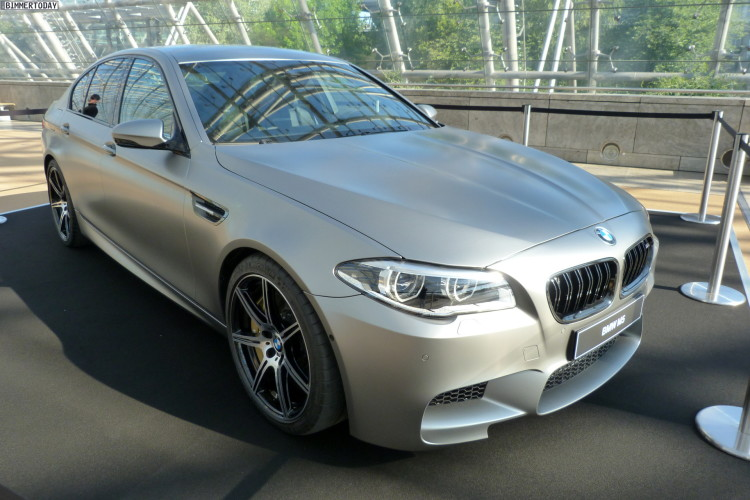 2014 BMW M5 F10 30 Jahre Sondermodell Frozen Dark Silver AMI Leipzig LIVE 24 750x500