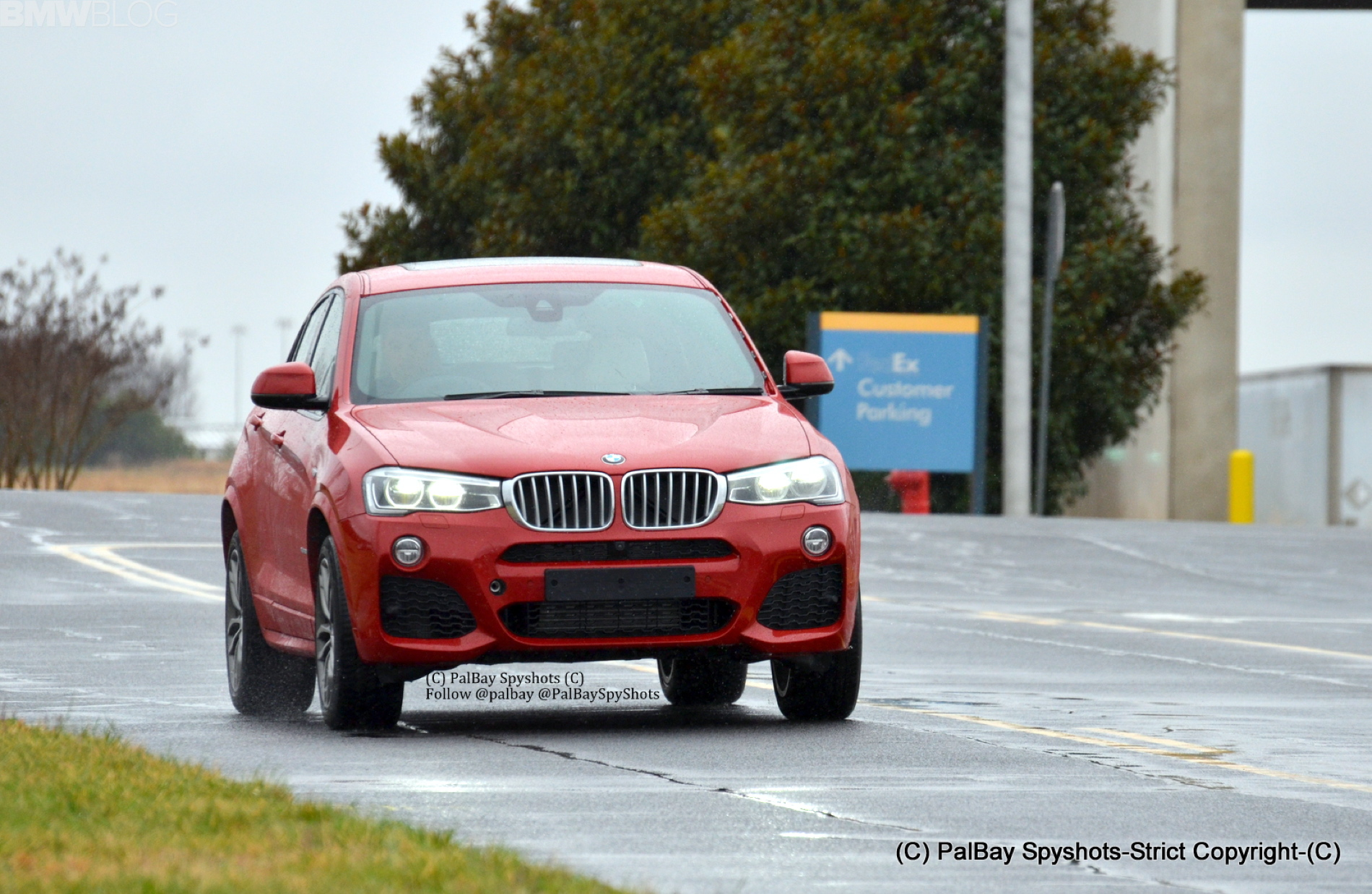 2014 BMW X4 xDrive35i M Sport Real Life Photos 02