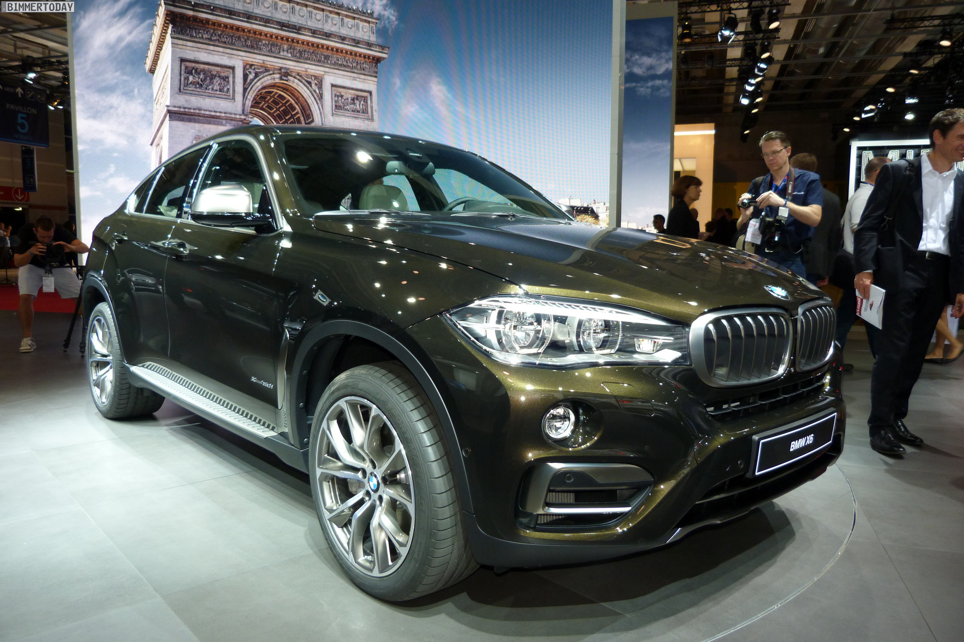2014 Paris Motor Show: The New BMW X6