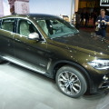 2014 BMW X6 F16 xDrive 50i Sparkling Storm Autosalon Paris LIVE 22 120x120