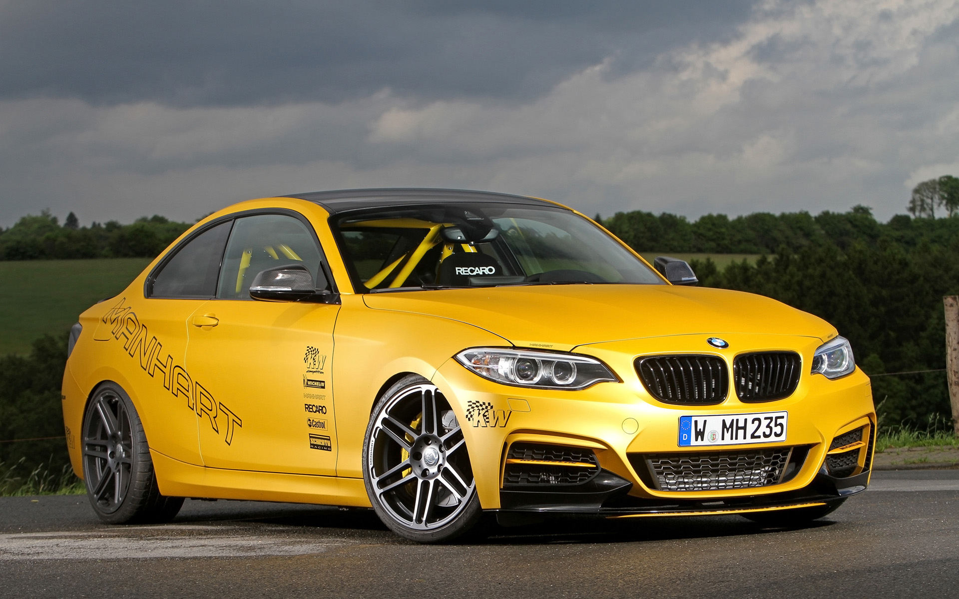 2014 Manhart Performance BMW M235i Coupe MH2 Clubsport Static 1 1920x1200