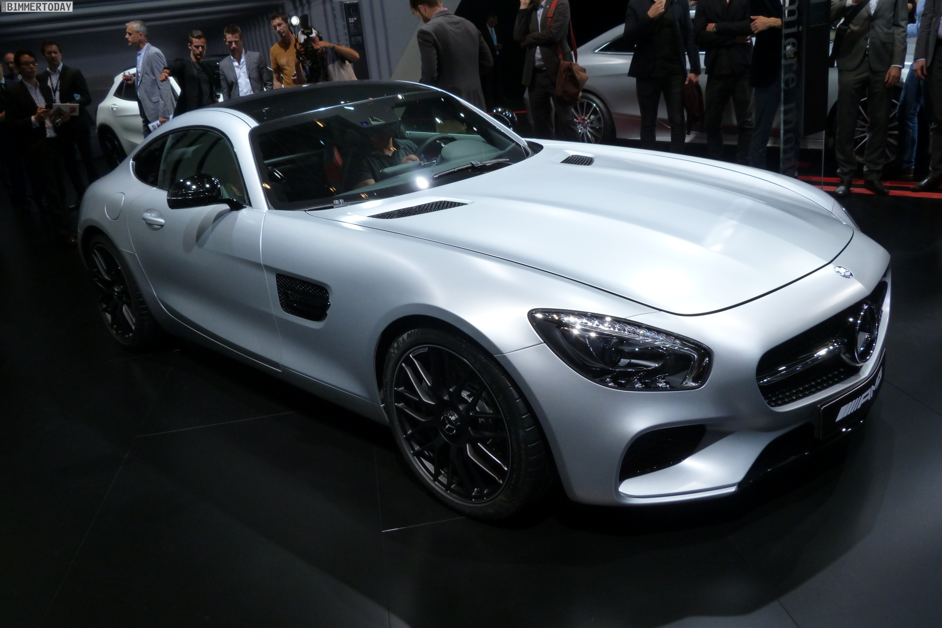 2014 Mercedes Benz AMG GT V8 Biturbo Autosalon Paris LIVE 01