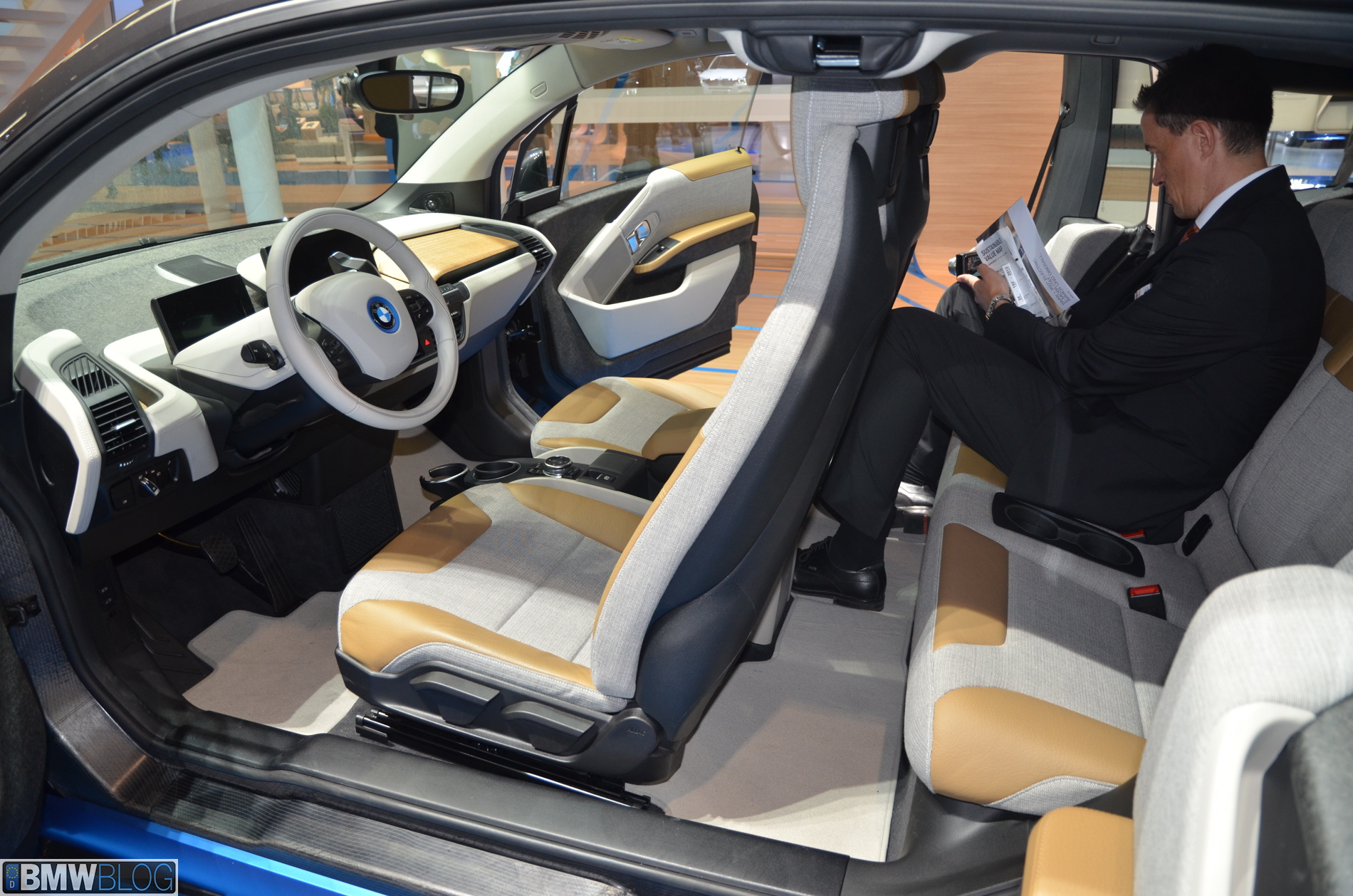 bmw electric car i3 interior. Black Bedroom Furniture Sets. Home Design Ideas