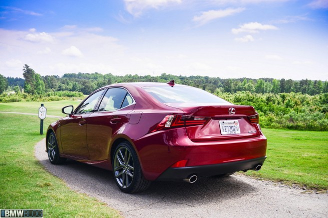 2014-lexus-is350-review-01