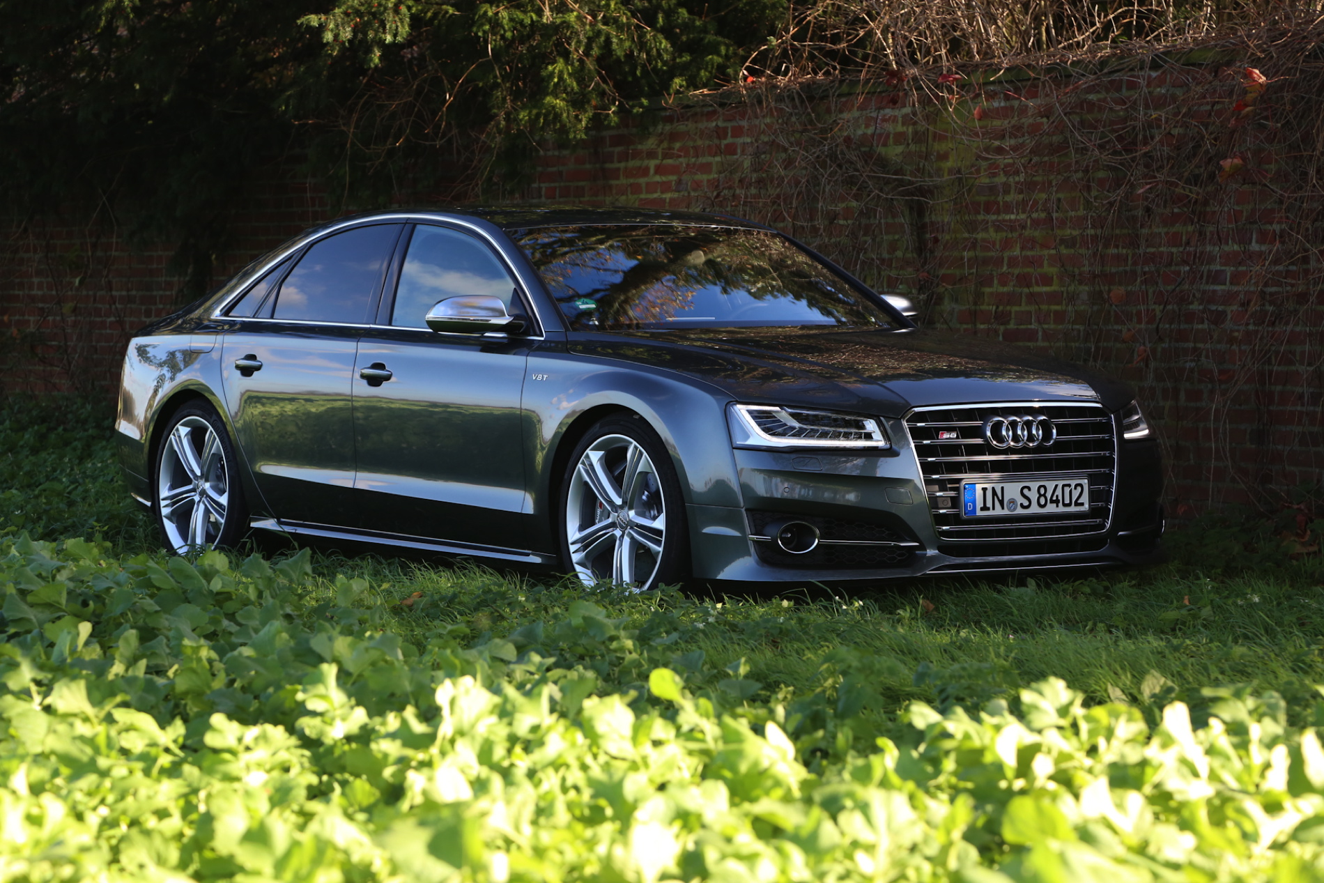 2015 Audi S8 Test Drive And Review The Stately Autobahn