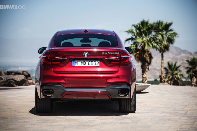 2015-BMW-X6-images-28