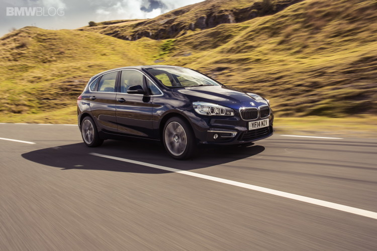2015-bmw-2-series-active-tourer-wallpapers-49