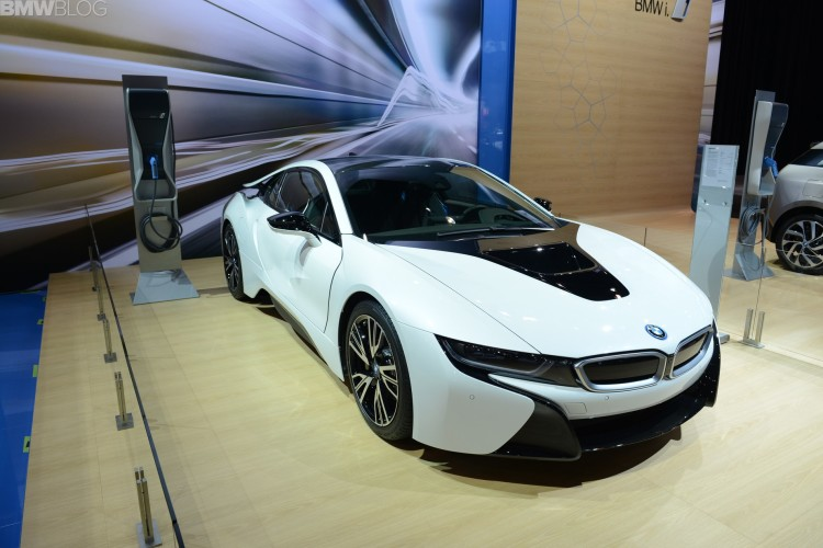 2015 bmw i8 chicago auto show 22 750x500