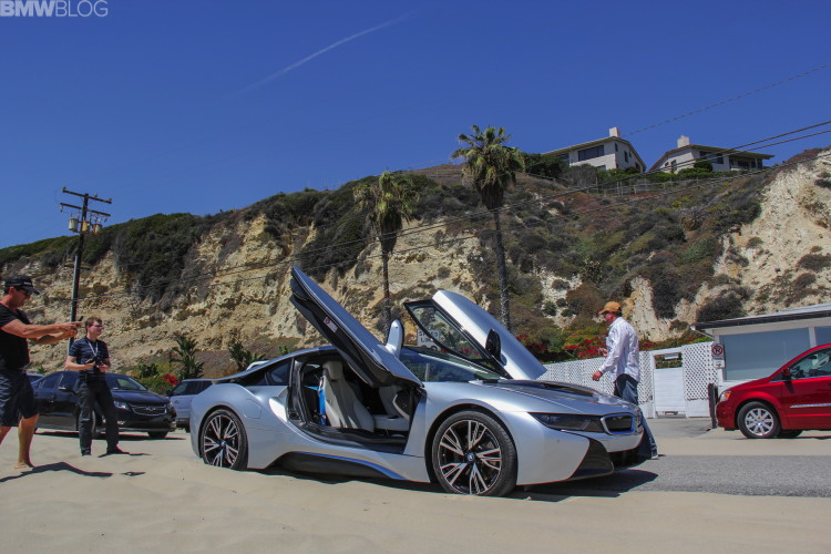 2015-bmw-i8-drive-review-07