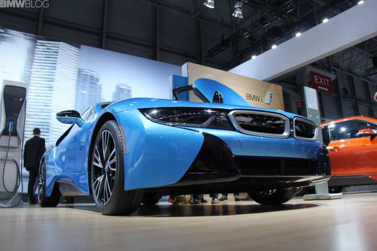 2015 bmw i8 new york auto show 04 750x500