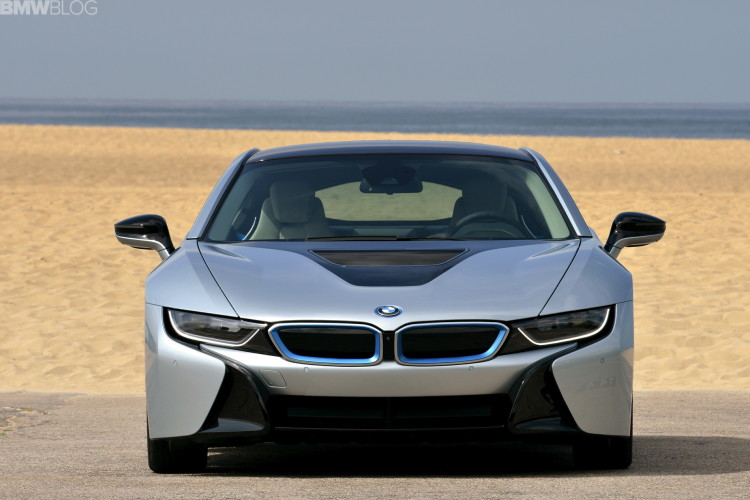 2015-bmw-i8-photos-62