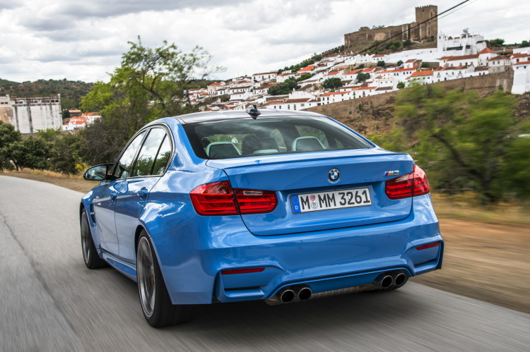 2015-bmw-m3-sedan-test-drive-11photos