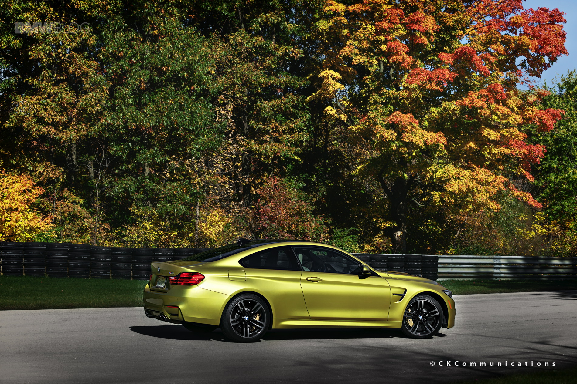 2015 bmw m4 coupe austin yellow images 01