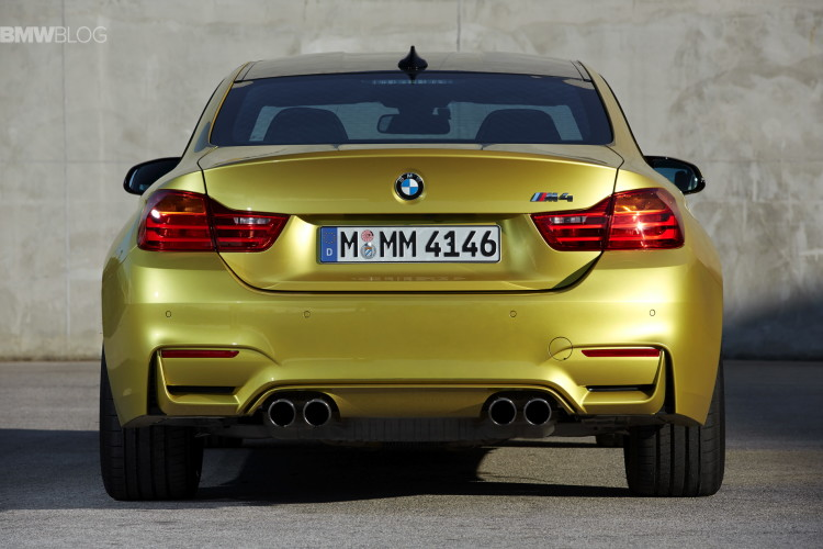 2015-bmw-m4-coupe-test-drive-124